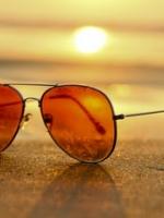 Hogyan óvjuk szemünket a napsütésben?